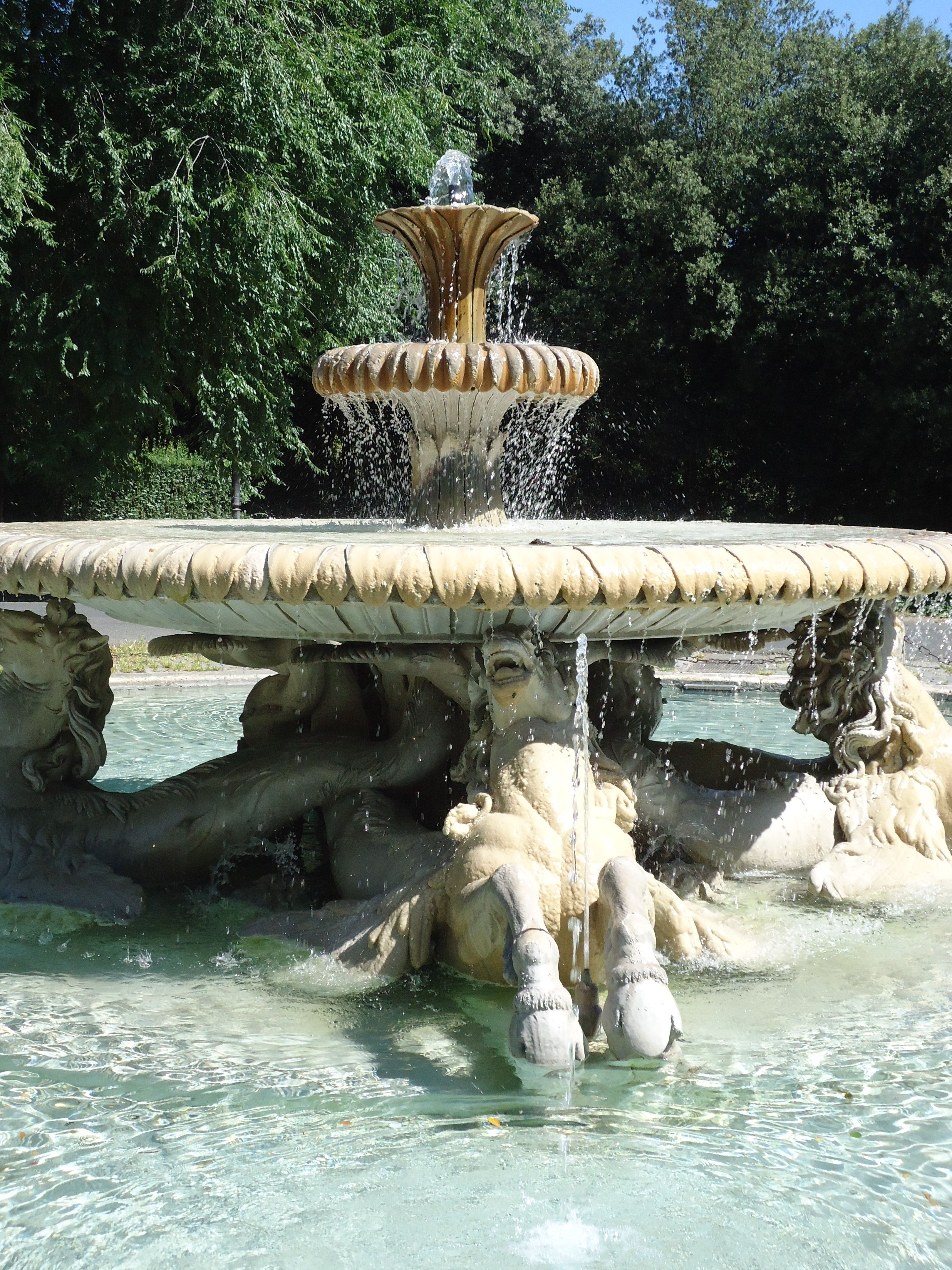 Fontein met paarden - Villa Borghese - Rome