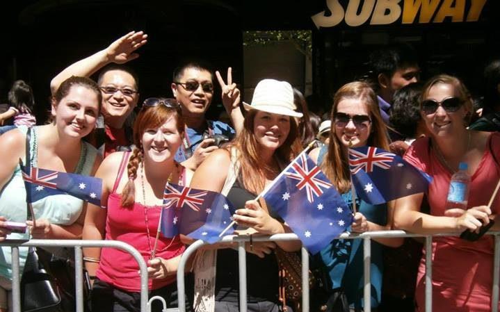 Toeschouwers voor de Australia Day parade