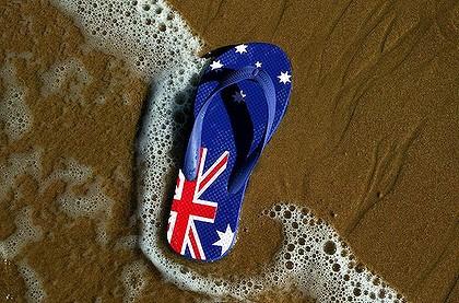 flipflop op 't strand met Australische vlag