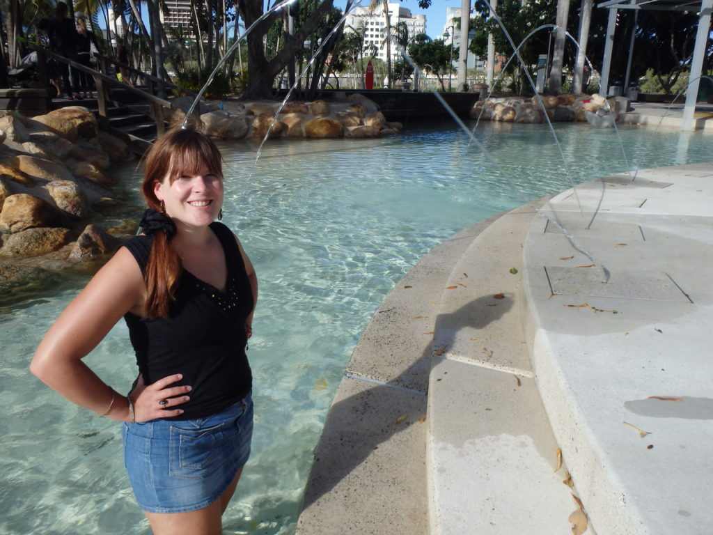 Davina in kindergedeelte lagune Brisbane