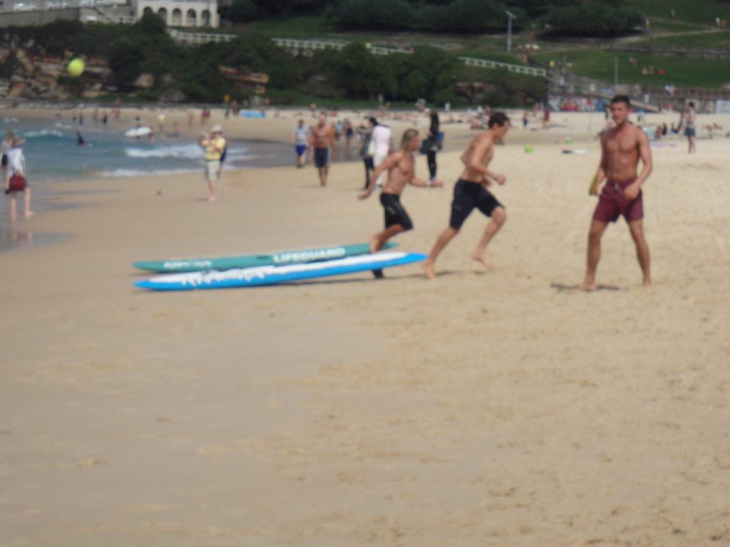 redders aan het oefenen op Bondi Beach