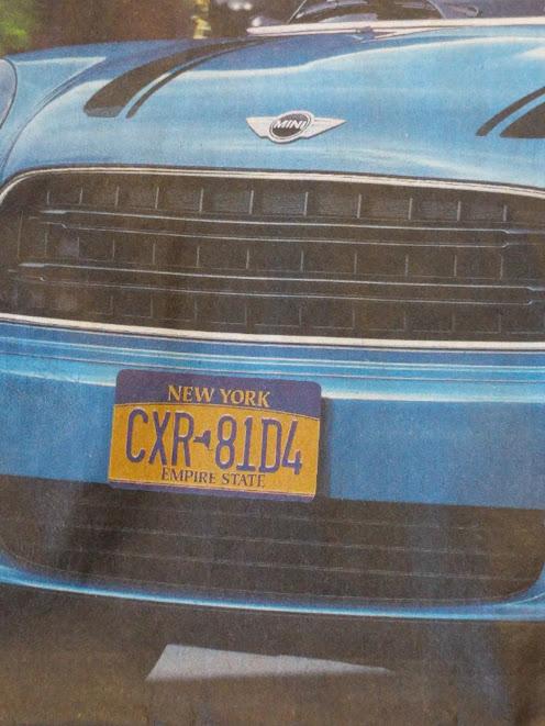 NYC nummerplaat en Mini Cooper close-up