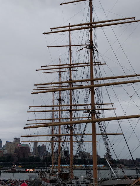 4th of July in New York, schip in South Street Seaport