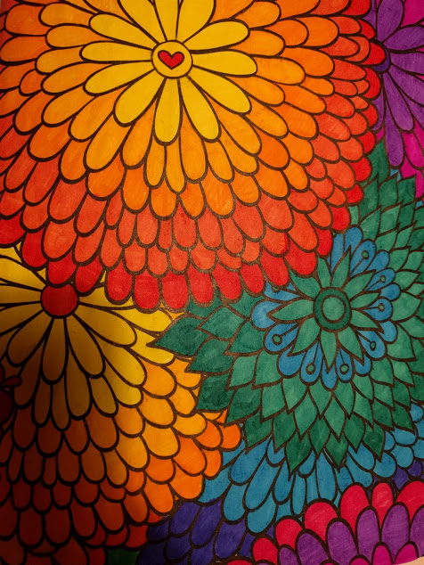 Zelfde tekening met bloemen ingekleurd