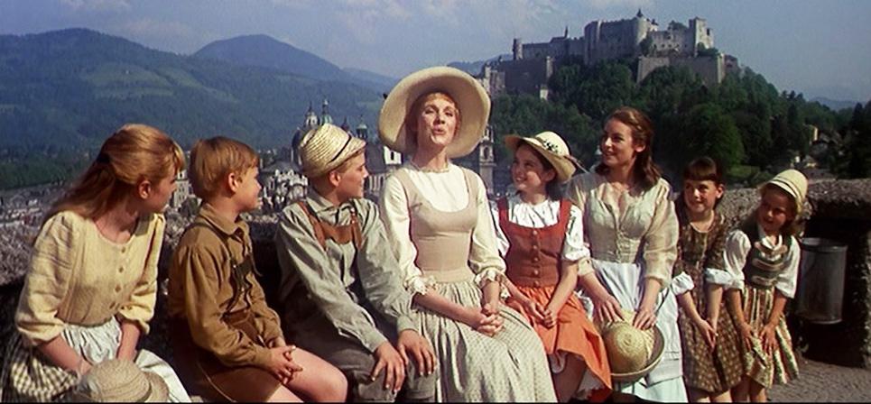 sound-of-music-maria-von-trapp-singers-do-re-mi-children-austria-salzburg-julie-andrews