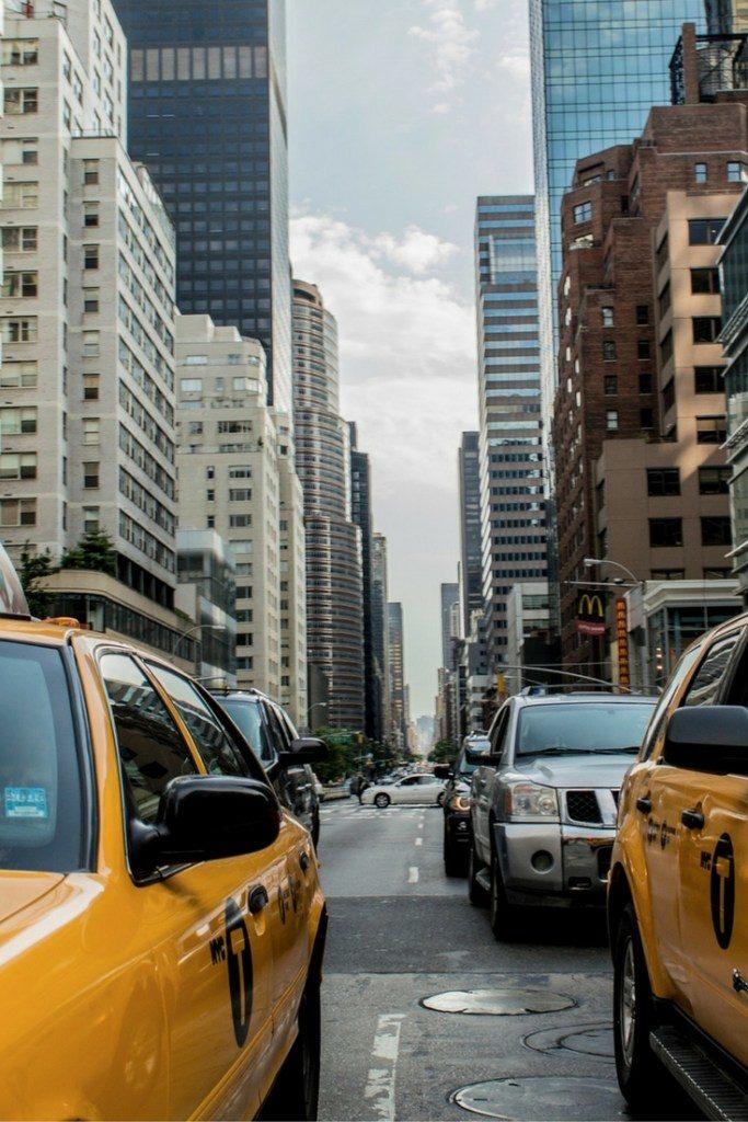 druk verkeer taxi NYC