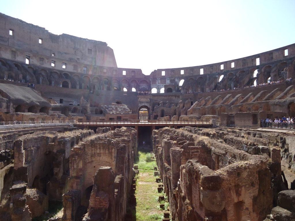 Colosseum vanbinnen - kelders Colosseum - Rome