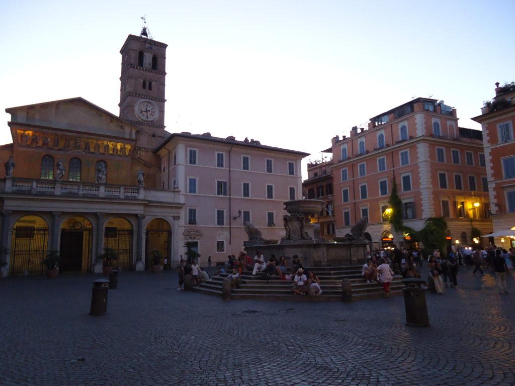 Piazza Santa Maria - Trastevere - Rome