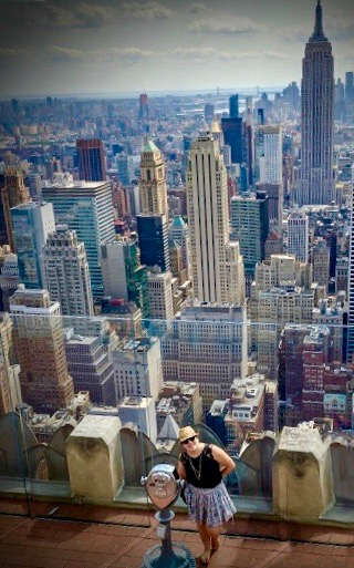 Davina op Top of The Rock voor Empire State Building - NYC