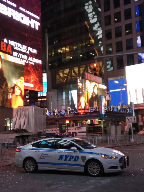 NYPD auto op Times Square