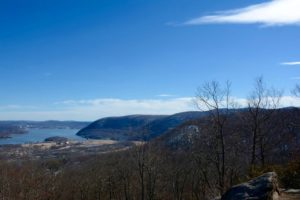 Panorama over de Hudson Vallei vanop Bear Mountain