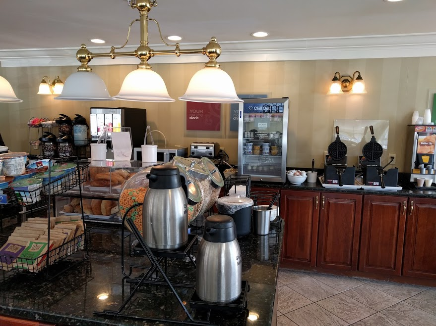 ontbijtbuffet comfort inn & suites Albany, NY