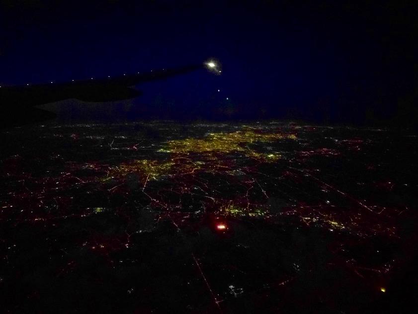 België 's avonds vanuit het vliegtugi