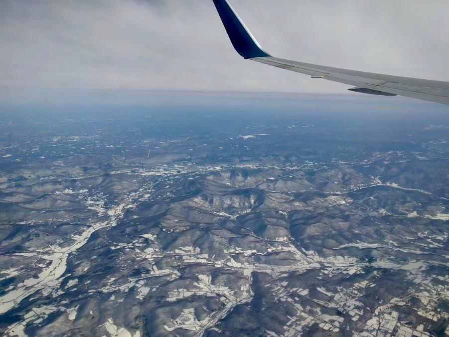 Besneeuwd berglandschap