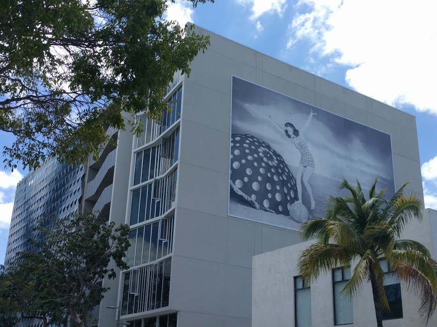 "Bilboard van John Baldessari - ""Fun (part 2)"""