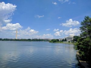 Jefferson Memorial en Washington Monument