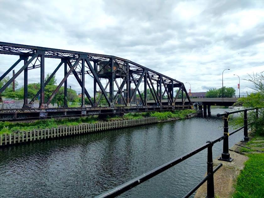 Oude stalen brug aan Canal du Lachine
