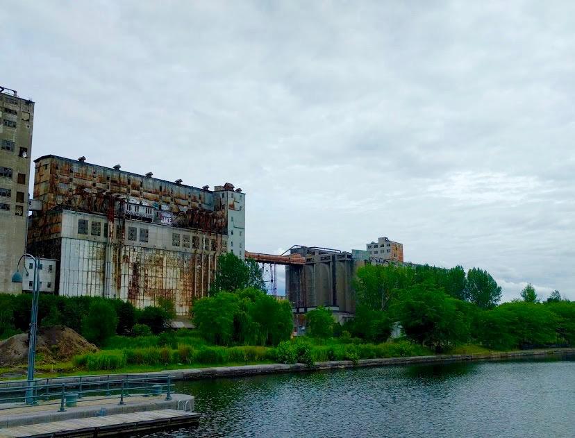 Grain silos - graansilo's - Canal du Lachine