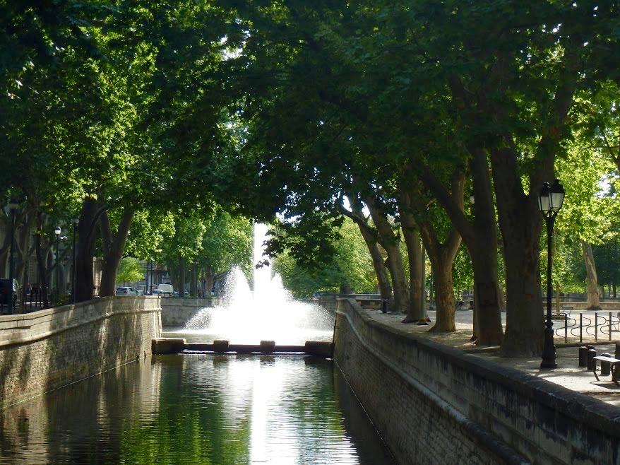 Quai de la Fontaine Nîmes