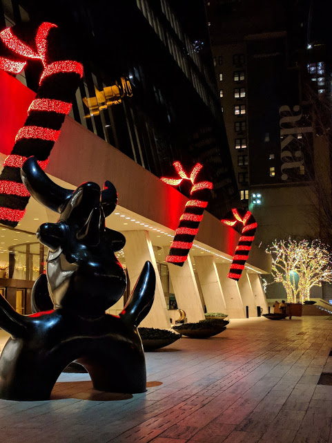 E58st, Kerst in New York City: candy canes!