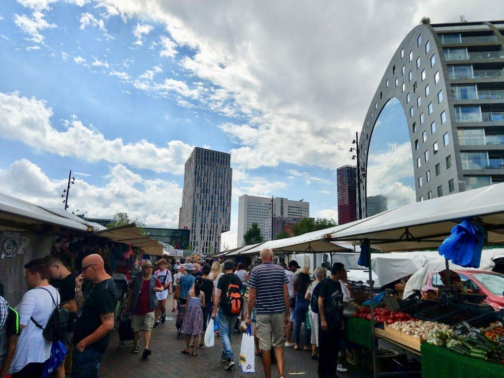 Zondagsmarkt in Rotterdam